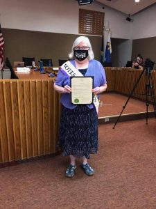 Vicki Arnett with City Proclamation